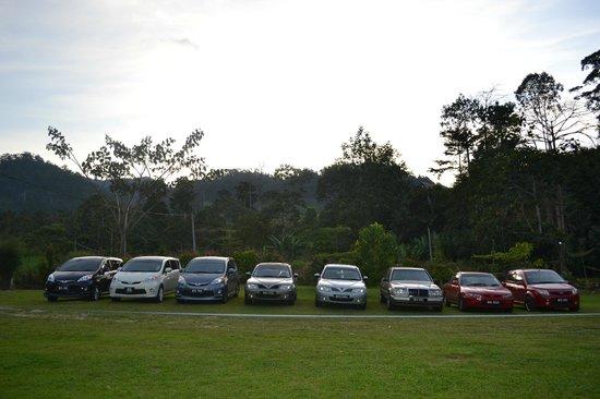 Saujana Janda Baik:                   Parking space