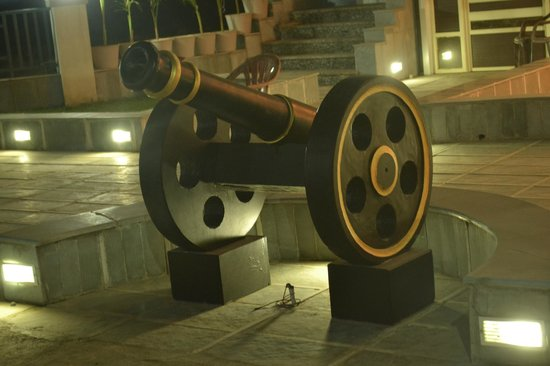 Hotel Umaid Villa: An ancient weapon
