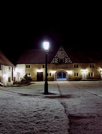 Best Western Salford Hall Hotel:                   it was snowing so we decided to get some shots!