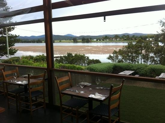 The River Moruya:                   Great Food & Great View