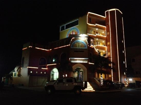 Hotelito Escondido Manzanillo:                   fachada