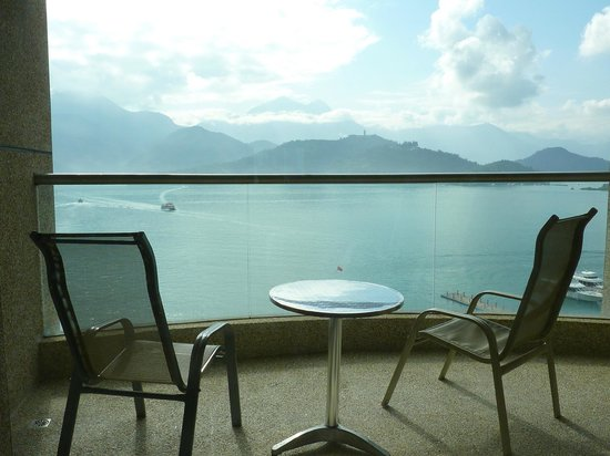 Hotel Del Lago:                   水漾客房的陽台與湖景