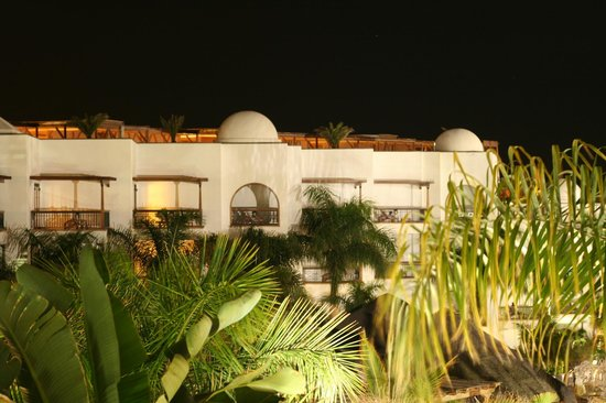 Princesa Yaiza Suite Hotel Resort:                   Vista nocturna