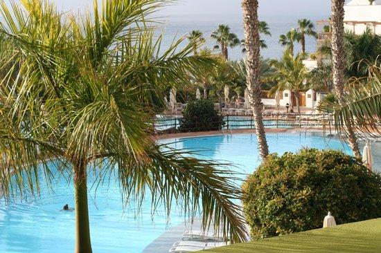 Princesa Yaiza Suite Hotel Resort:                   Piscina desde la terraza del duplex