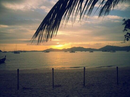 Panwa Boutique Beach Resort: sunsets here are out og this world