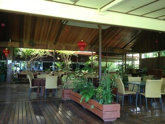 Liamo Reef Resort: the Dining Area