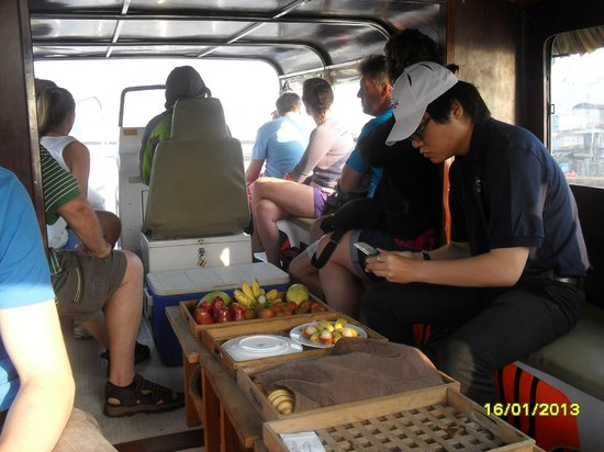 Saigon River Express: Preparing our breakfast