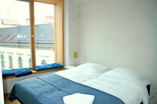 Bryggen Panorama Suites: Bedroom Holberg Suite