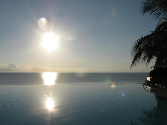 Baobab Beach Resort & Spa:                   Infinity Pool in Kole Kole