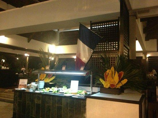 Bavaro Princess All Suites Resort, Spa & Casino:                   TRES PETITE PARTI DU BUFFET