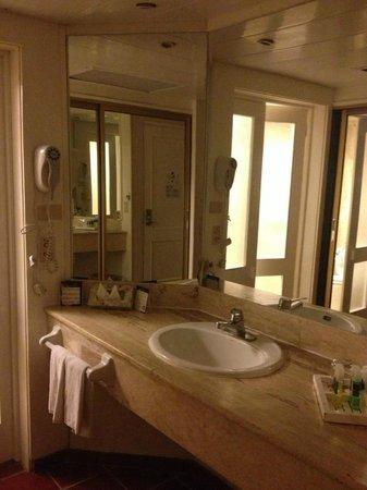 Bavaro Princess All Suites Resort, Spa & Casino:                   SALLE DE BAIN