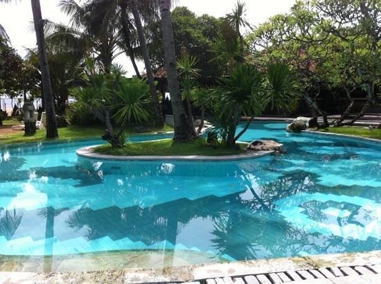 Inna Grand Bali Beach Hotel:                   январь 2013