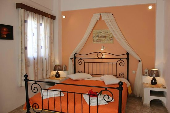 Anessis Apartments: Double Room
