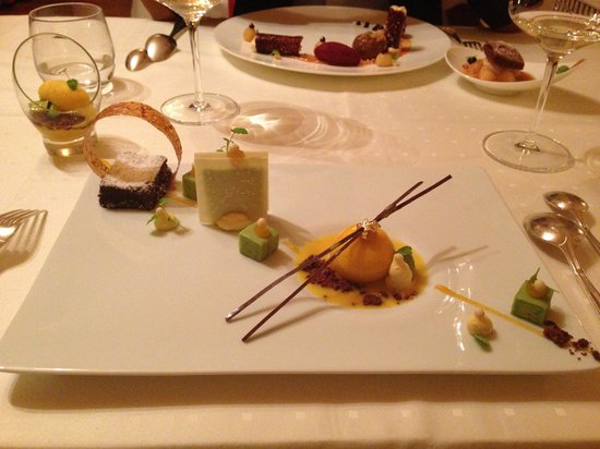 Pfefferschiff :                   Avocado Dessert