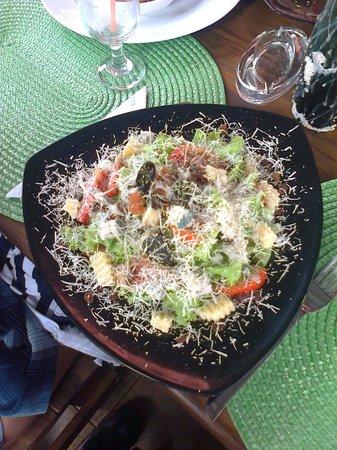Restaurante Mangle Rojo:                   la mejor ensalada de cuba