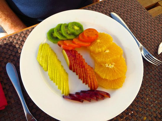 Premier Romance Boutique Hotel and Spa: fruits au snack