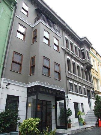 Ibrahim Pasha Hotel:                                     Hotel Exterior