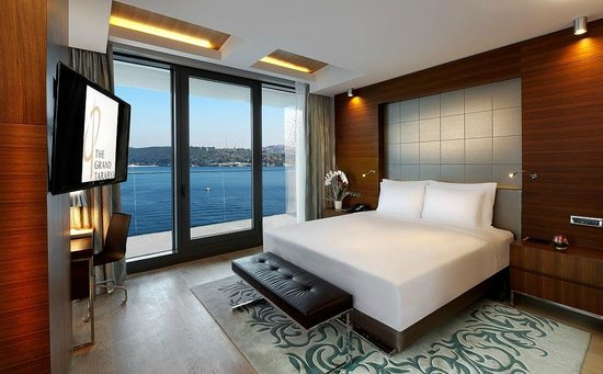 The Grand Tarabya: North Suite Bedroom