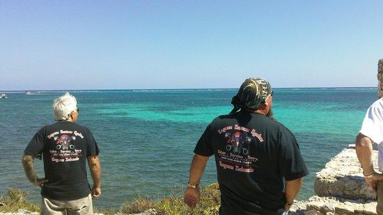 Cayman Custom Cycles Island Tours:                                     7 wrecks lookout