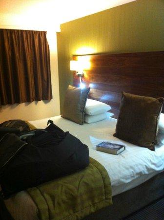 Quality Hotel Boldon:                                     Room pic 2
