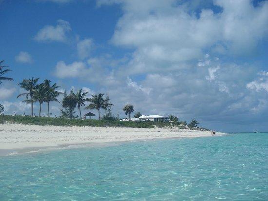 West Bay Club:                   Beach