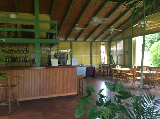Syps Restaurant and Bar:                                     Syps