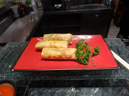 The Good Earth: Spring Rolls