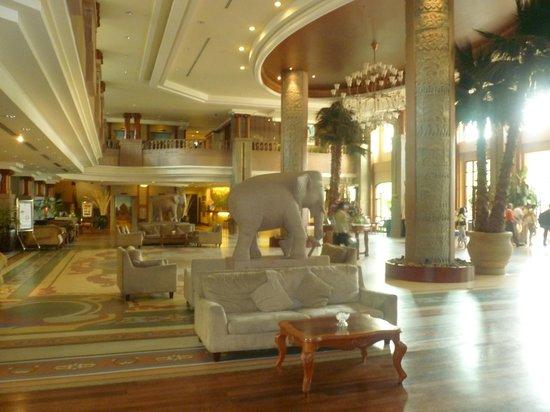 Sokha Angkor Resort: ingresso albergo