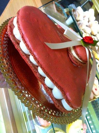 Excelsior Dessert Pasticceria De Luca : Macarons Love