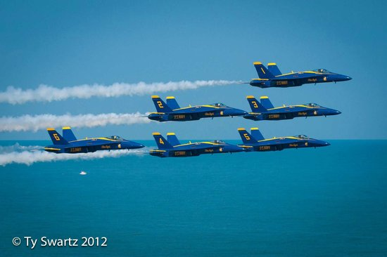 Hilton Virginia Beach Oceanfront:                                     Blue Angels at Empyrean Level.