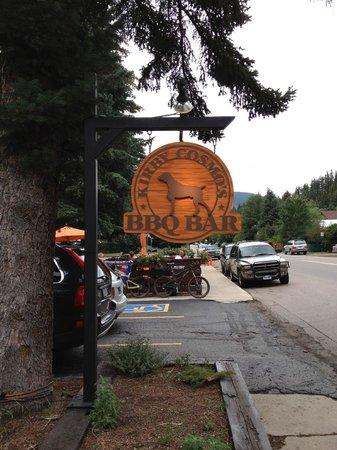 Kirby Cosmo's BBQ Bar: On Main Street