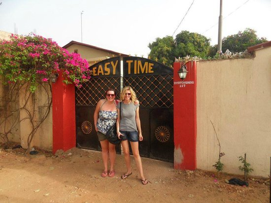 Easy Time Lodge:                   at the gates