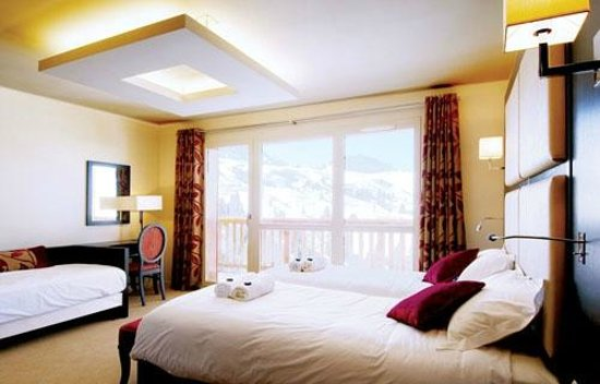 Hotel Des Deux Domaines: Typical room