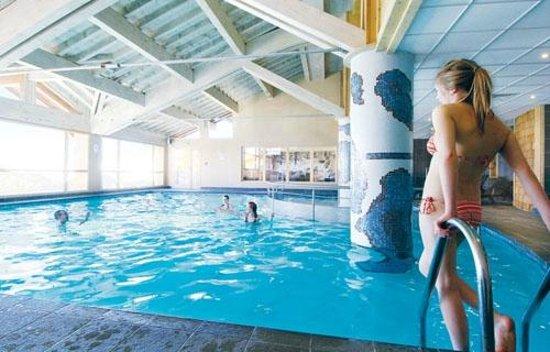 Hotel Des Deux Domaines: Indoor Pool