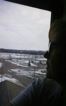 Vernon Downs Casino and Hotel: View from room, overlooking parking lot