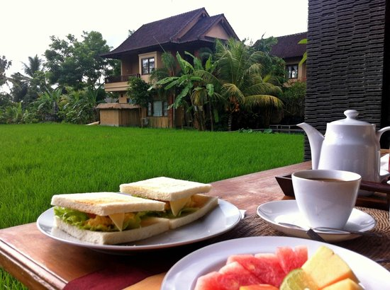 Bayu Guest House :                   Breakfast