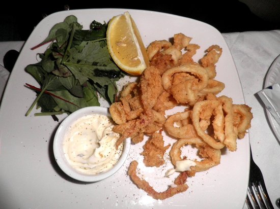 La Lanterna:                   Deep fried Calamari