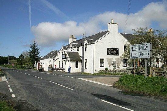 The Gordon Arms:                   Gordon Arms Yarrow valley