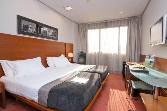 Silken Ciudad Gijon: Twin Room