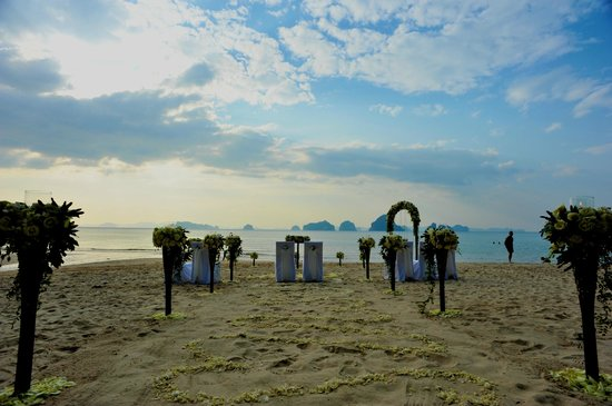 The Tubkaak Krabi Boutique Resort:                   Our Wedding