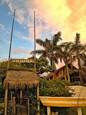 Viejamar Hostel:                   cabañas