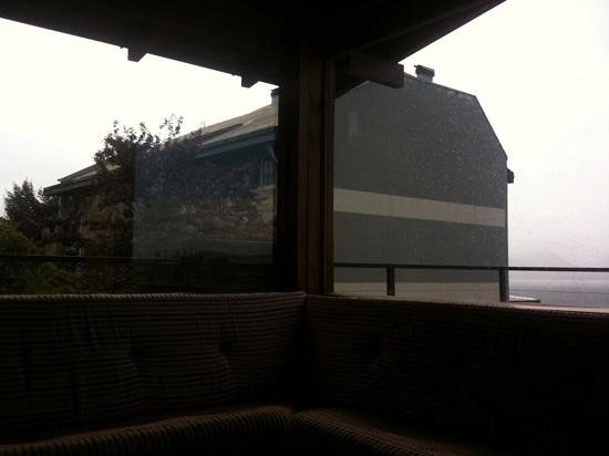 Hostel Inn Bariloche:                   sala de estar