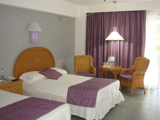Hotel Riu Naiboa:                                     CHAMBRE