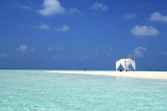 Bodufinolhu Island:                   Fun Island Resort
