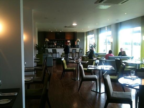 Humber Royal Hotel:                   bar area