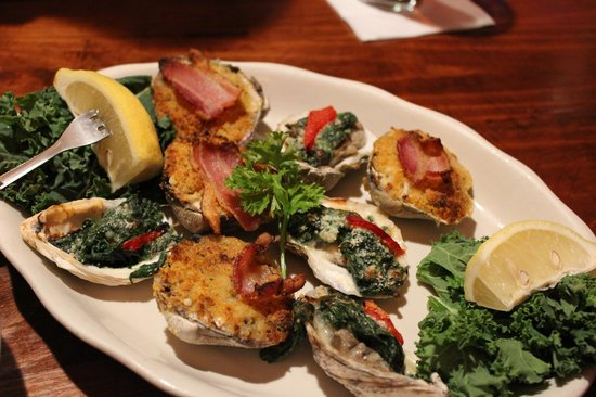 Topside Grill and Pub:                   Mmmmm baked oysters