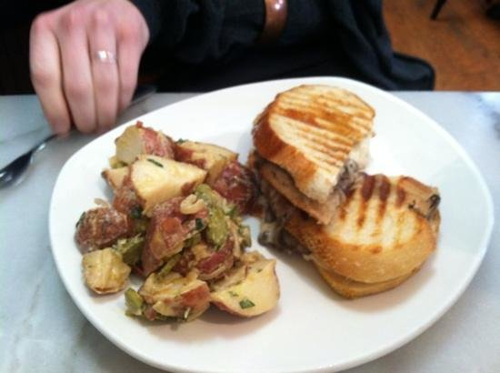 Cheesetique:                   mushroom melt and potato salad