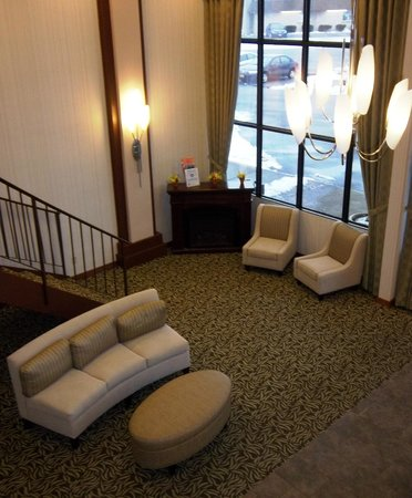 Quality Inn Rochester Airport: Hotel Lobby