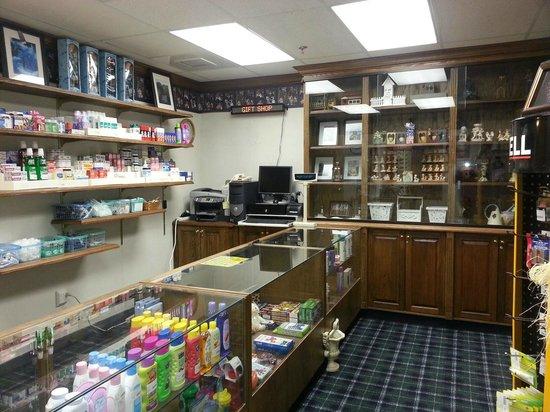 Baymont Inn & Suites Manchester - Hartford CT: Gift Shop
