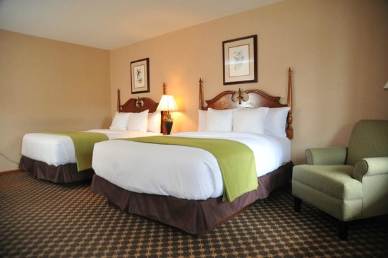 Merry Acres Inn: Executive Room with 2 Queen Beds